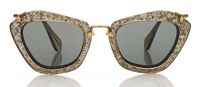 les lunettes cat eye paillettes miu miu lunettes de soleil. Black Bedroom Furniture Sets. Home Design Ideas