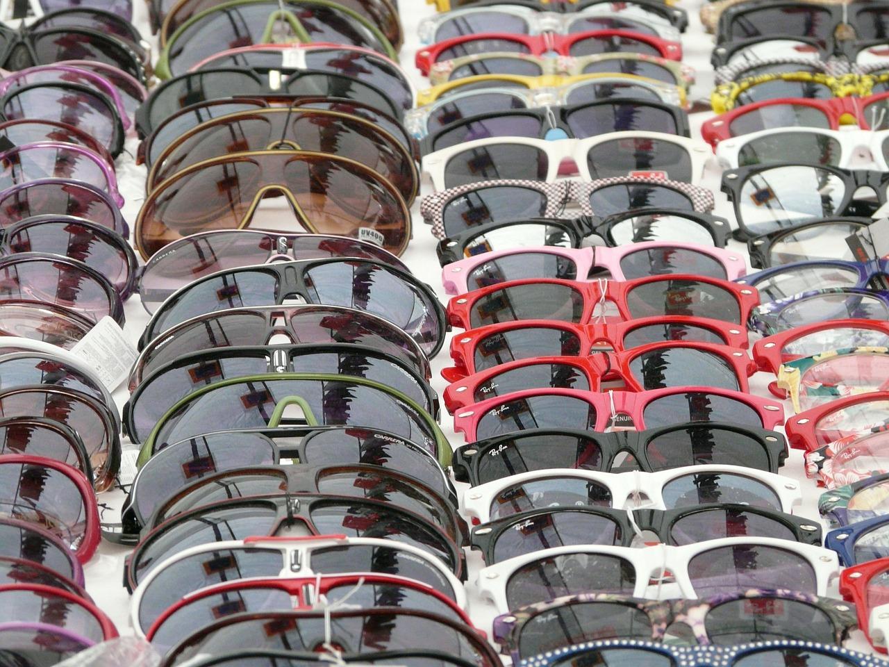 Attention aux contrefaçons de lunettes de soleil sur internet