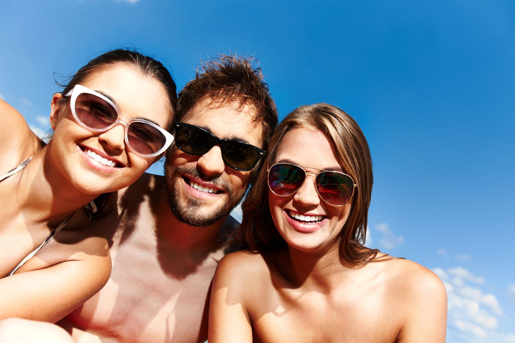 Lunettes de soleil: trois styles à adopter absolument